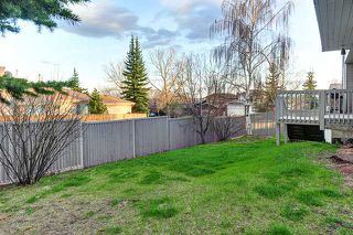 Photo 19: 68 HAWKWOOD Road NW in CALGARY: Hawkwood Residential Detached Single Family for sale (Calgary)  : MLS®# C3615643