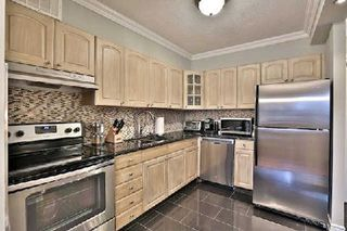 Photo 4: 214 451 The West Mall Avenue in Toronto: Etobicoke West Mall Condo for sale (Toronto W08)  : MLS®# W3081793