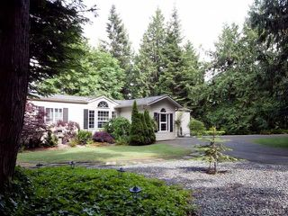 Photo 30: 116 BAYNES DRIVE in FANNY BAY: CV Union Bay/Fanny Bay Manufactured Home for sale (Comox Valley)  : MLS®# 702330