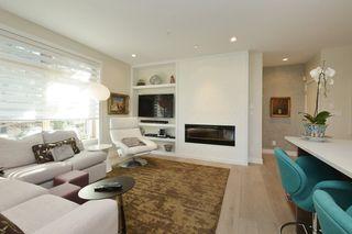 Photo 4: 208 1969 Oak Bay Avenue in VICTORIA: Vi Fairfield East Condo Apartment for sale (Victoria)  : MLS®# 363073