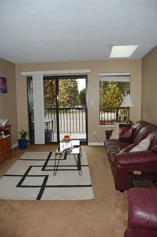 "Photo 10: 301 33450 GEORGE FERGUSON Way in Abbotsford: Central Abbotsford Condo for sale in ""VALLEY RIDGE"" : MLS®# R2057123"