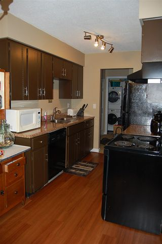 "Photo 6: 301 33450 GEORGE FERGUSON Way in Abbotsford: Central Abbotsford Condo for sale in ""VALLEY RIDGE"" : MLS®# R2057123"