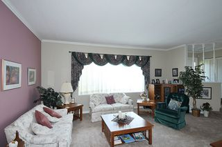 Photo 7: 22116 CANUCK Crescent in Maple Ridge: West Central House for sale : MLS®# R2061368
