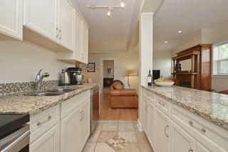 Photo 9: 1 1376 Pandora Ave in VICTORIA: Vi Fernwood Condo for sale (Victoria)  : MLS®# 730224