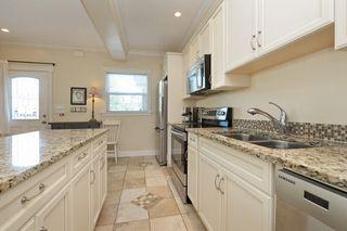 Photo 10: 1 1376 Pandora Ave in VICTORIA: Vi Fernwood Condo for sale (Victoria)  : MLS®# 730224