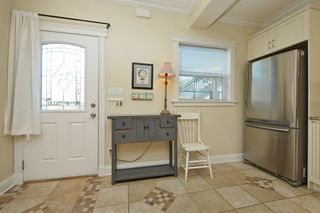 Photo 12: 1 1376 Pandora Ave in VICTORIA: Vi Fernwood Condo for sale (Victoria)  : MLS®# 730224