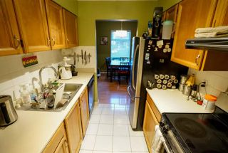 "Photo 7: 110 2390 MCGILL Street in Vancouver: Hastings Condo for sale in ""MCGILL MANOR"" (Vancouver East)  : MLS®# R2074599"