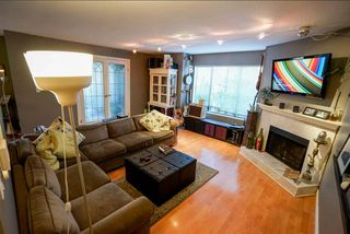 "Photo 3: 110 2390 MCGILL Street in Vancouver: Hastings Condo for sale in ""MCGILL MANOR"" (Vancouver East)  : MLS®# R2074599"
