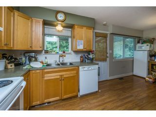 """Photo 6: 34564 HURST Crescent in Abbotsford: Abbotsford East House for sale in """"Robert Bateman"""" : MLS®# R2075159"""