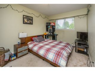 """Photo 7: 34564 HURST Crescent in Abbotsford: Abbotsford East House for sale in """"Robert Bateman"""" : MLS®# R2075159"""