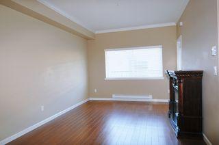 "Photo 3: 104 22363 SELKIRK Avenue in Maple Ridge: West Central Condo for sale in ""CENTRO"" : MLS®# R2077438"