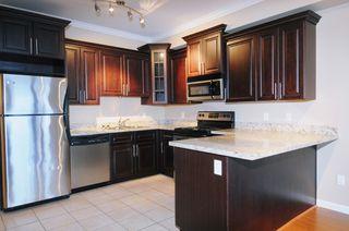 "Photo 6: 104 22363 SELKIRK Avenue in Maple Ridge: West Central Condo for sale in ""CENTRO"" : MLS®# R2077438"
