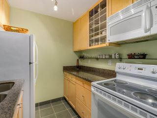 "Photo 11: 204 830 E 7TH Avenue in Vancouver: Mount Pleasant VE Condo for sale in ""FAIRFAX"" (Vancouver East)  : MLS®# R2083827"