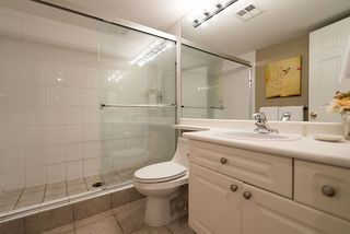 "Photo 15: 105 855 W 16TH Street in North Vancouver: Hamilton Condo for sale in ""GABLES WEST"" : MLS®# R2126762"