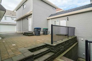 """Photo 4: 6871 196 Street in Surrey: Clayton House for sale in """"Clayton Heights"""" (Cloverdale)  : MLS®# R2132782"""