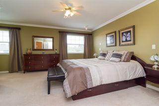Photo 8: 6192 195 Street in Surrey: Cloverdale BC House for sale (Cloverdale)  : MLS®# R2166862