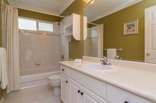 Photo 12: 6192 195 Street in Surrey: Cloverdale BC House for sale (Cloverdale)  : MLS®# R2166862