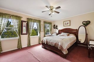 "Photo 10: 35679 TIMBERLANE Drive in Abbotsford: Abbotsford East House for sale in ""Mountain Village"" : MLS®# R2166696"