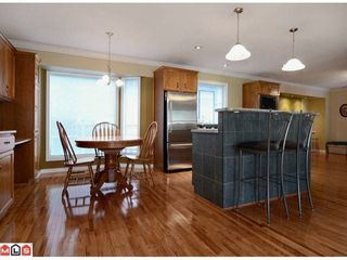 Photo 3: 19694 46TH Ave in Langley: Home for sale : MLS®# F1227030