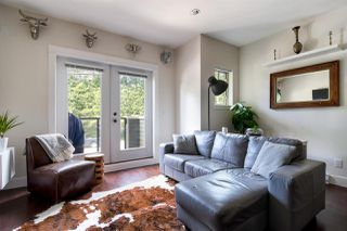 "Photo 4: 103 3382 VIEWMOUNT Drive in Port Moody: Port Moody Centre Townhouse for sale in ""Lillium Villas"" : MLS®# R2187469"