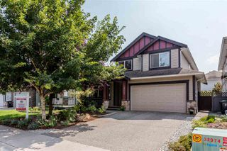 Photo 1: 19642 71 Avenue in Langley: Willoughby Heights House for sale : MLS®# R2196810