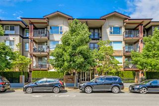 "Photo 16: 303 200 KLAHANIE Drive in Port Moody: Port Moody Centre Condo for sale in ""KLAHANIE"" : MLS®# R2208263"