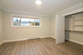 Photo 15: 266 E 9TH Street in North Vancouver: Central Lonsdale House 1/2 Duplex for sale : MLS®# R2222181