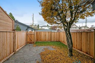 Photo 18: 266 E 9TH Street in North Vancouver: Central Lonsdale House 1/2 Duplex for sale : MLS®# R2222181