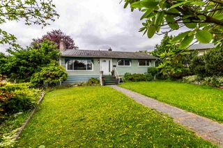 Photo 1: 4676 CHARLOTTE COURT in Burnaby: Forest Glen BS House for sale (Burnaby South)  : MLS®# R2177175