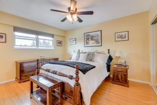 Photo 13: 979 JARVIS Street in Coquitlam: Harbour Chines House for sale : MLS®# R2241335