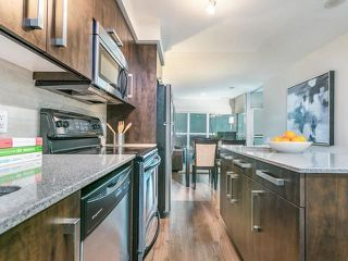 Photo 5: 1404 1048 Broadview Avenue in Toronto: Broadview North Condo for sale (Toronto E03)  : MLS®# E4047020