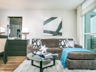 Photo 2: 1404 1048 Broadview Avenue in Toronto: Broadview North Condo for sale (Toronto E03)  : MLS®# E4047020