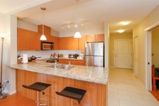 Photo 8: 403 511 ROCHESTER Avenue in Coquitlam: Coquitlam West Condo for sale : MLS®# R2245552
