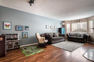 """Photo 4: 19 2352 PITT RIVER Road in Port Coquitlam: Mary Hill Townhouse for sale in """"Shaughnessy Estates"""" : MLS®# R2245835"""