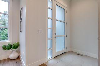 Photo 2: 2621 35 Street SW in Calgary: Killarney/Glengarry House for sale : MLS®# C4173348