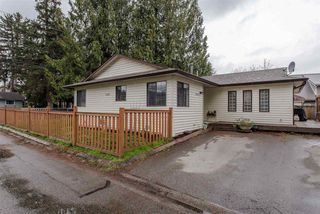 Main Photo: 6111 DUNDEE Place in Sardis: Sardis West Vedder Rd House for sale : MLS®# R2252301