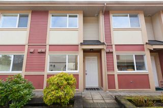 "Photo 2: 11 6481 ELGIN Avenue in Burnaby: Forest Glen BS Townhouse for sale in ""Gobin's Grove"" (Burnaby South)  : MLS®# R2254892"