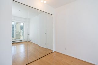 "Photo 10: 302 2195 W 5TH Avenue in Vancouver: Kitsilano Condo for sale in ""The Heartstone"" (Vancouver West)  : MLS®# R2259662"