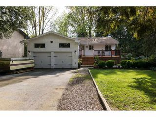 Photo 2: 8393 ARBOUR Place in Delta: Nordel House for sale (N. Delta)  : MLS®# R2261568