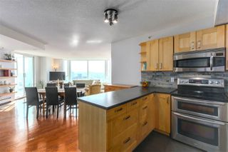 "Photo 9: 2205 388 DRAKE Street in Vancouver: Yaletown Condo for sale in ""GOVERNOR'S TOWNER"" (Vancouver West)  : MLS®# R2276947"