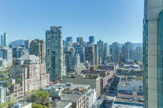 "Photo 2: 2205 388 DRAKE Street in Vancouver: Yaletown Condo for sale in ""GOVERNOR'S TOWNER"" (Vancouver West)  : MLS®# R2276947"