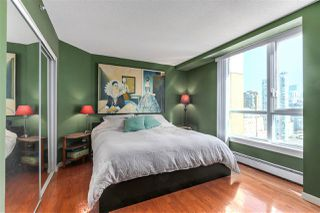 "Photo 14: 2205 388 DRAKE Street in Vancouver: Yaletown Condo for sale in ""GOVERNOR'S TOWNER"" (Vancouver West)  : MLS®# R2276947"