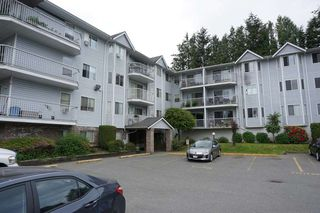 "Photo 1: 105 2750 FULLER Street in Abbotsford: Central Abbotsford Condo for sale in ""Valley View Terrace"" : MLS®# R2277447"