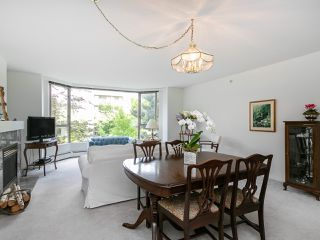 "Photo 4: 202 2108 W 38TH Avenue in Vancouver: Kerrisdale Condo for sale in ""The Wilshire"" (Vancouver West)  : MLS®# R2282081"