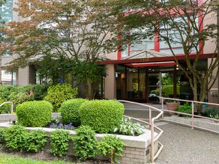 "Photo 23: 202 2108 W 38TH Avenue in Vancouver: Kerrisdale Condo for sale in ""The Wilshire"" (Vancouver West)  : MLS®# R2282081"