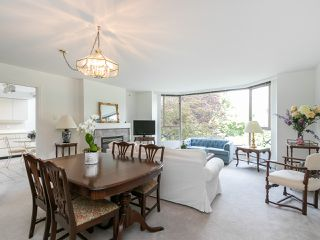 "Photo 3: 202 2108 W 38TH Avenue in Vancouver: Kerrisdale Condo for sale in ""The Wilshire"" (Vancouver West)  : MLS®# R2282081"