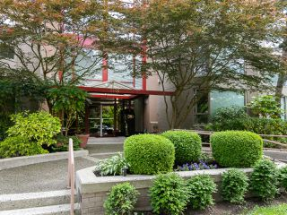 "Photo 24: 202 2108 W 38TH Avenue in Vancouver: Kerrisdale Condo for sale in ""The Wilshire"" (Vancouver West)  : MLS®# R2282081"