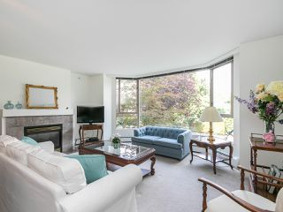 "Photo 1: 202 2108 W 38TH Avenue in Vancouver: Kerrisdale Condo for sale in ""The Wilshire"" (Vancouver West)  : MLS®# R2282081"
