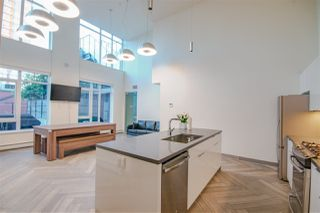"""Photo 14: 1107 1788 ONTARIO Street in Vancouver: Mount Pleasant VE Condo for sale in """"Proximity"""" (Vancouver East)  : MLS®# R2287648"""