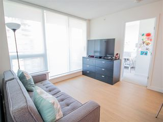 """Photo 4: 4101 13696 100 Avenue in Surrey: Whalley Condo for sale in """"Park Avenue West"""" (North Surrey)  : MLS®# R2289340"""